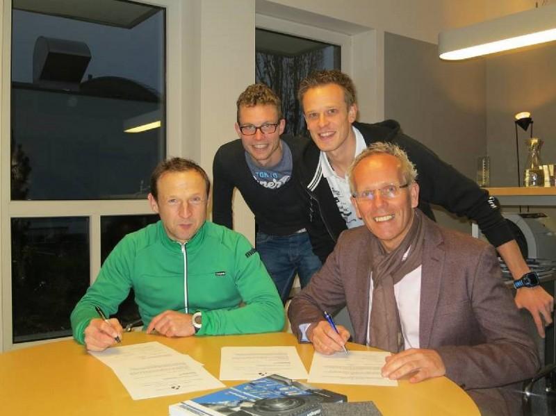 """Ab jetzt heißt es """"WEICON Tri Finish Münster"""" bei den Ligamannschaften"""